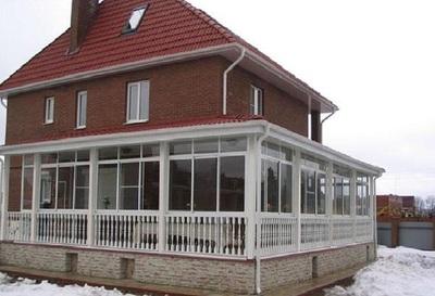 Деревянная пристройка к кирпичному дому 6х6